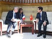 Viceprimer ministro vietnamita se reúne con dirigentes de países de ASEM