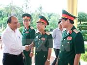 Gobierno garantizará recursos al ejército, afirma premier de Vietnam
