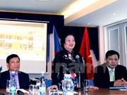 Ayudan residentes vietnamitas en República Checa a zonas isleñas y alejadas