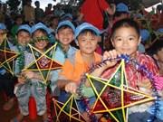 Vietnam presta apoyo especial a los niños de provincias centrales