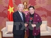 Recibe vicepresidenta parlamentaria de Vietnam a director regional de OMS