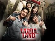 Espectadores vietnamitas disfrutan del cine tailandés