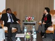 Presidenta de Parlamento de Vietnam recibe a secretario general de UIP