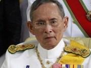 Fallece el rey de Tailandia, monarca con más tiempo en un trono