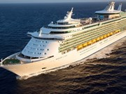 Arriba crucero Mariner of the Seas a puerto Chan May