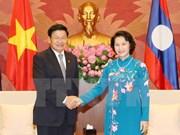 Presidenta del Parlamento de Vietnam se reúne con premier laosiano