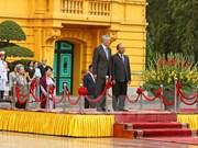 Recepción oficial al primer ministro de Singapur, Lee Hsien Loong, en Hanoi