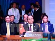 Vietnam participa activamente en la XXX Cumbre de la ASEAN