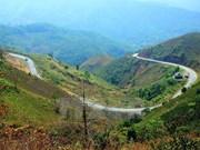 Desfiladero Pha Din, atractivo sitio en la región del noroese de Vietnam