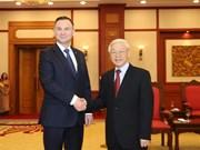 [Fotos] Secretario general del Partido Comunsta de Vietnam recibe al presidente de Polonia