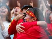 [Fotos] Así enloquecieron fanáticos vietnamitas con la victoria de selección de fútbol sub23