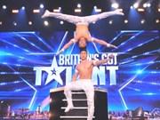 Acróbatas de Vietnam brillan en programa de talentos de televisión británica