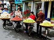[Video] La belleza de las vendedoras callejeras en Hanoi