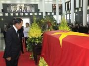 [Fotos] Delegaciones extranjeras rinden homenaje al presidente Tran Dai Quang