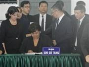 [Fotos] Delegaciones extranjeras rinden homenaje a Do Muoi, exsecretario general del Partido Comunista de Vietnam