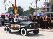 [Foto] Cortejo fúnebre de Do Muoi llega al distrito de Thanh Tri, Hanoi, su tierra natal