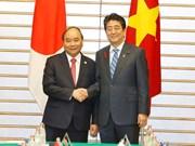 [Foto] Premier de Vietnam dialoga con su homólogo de Japón