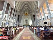 [Foto] Vidas apacibles y alegres en las zonas católicas