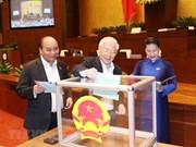 [Fotos] Asamblea Nacional de Vietnam realiza votación de confianza secreta a 48 cargos elegidos