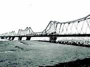 [Videos] Hanoi busca medidas para preservar el Puente Long Bien como una reliquia histórica