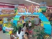 Detiene cadena Big C compra de indumentaria vietnamita