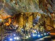 Implanta cueva vietnamita récord continental por sus magníficas estalactitas