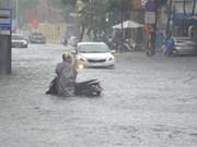 [Foto] Intensas lluvias causan inundaciones en la región central de Vietnam