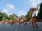 Hanoi conmemora aniverario 65 de su liberación con danzas de dragón