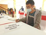 Vietnam recluta a 10 mil voluntarios para probar vacuna de COVID-19