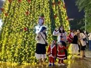 Vietnam disfruta de una navidad cálida
