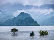 Promueven el turismo comunitario en lago vietnamita de Hoa Binh