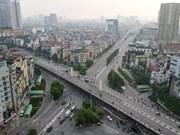 Hanoi en primer día de flexibilización de medidas de distanciamiento social