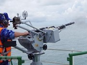 Guardia Costera de Vietnam realiza ejercicio en el mar