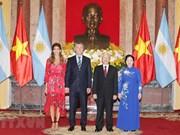 [Fotos] El secretario general del Partido Comunista y presidente de Vietnam, Nguyen Phu Trong, recibe al mandatario de Argentina