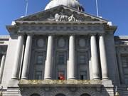 [Foto] Ceremonia de izamiento de bandera de Vietnam en Ayuntamiento de San Francisco