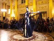 [Foto] Presentan en Rusia seda y brocado de Vietnam