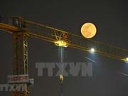 [Foto] Imágenes de la superluna sobre el cielo de Hanoi