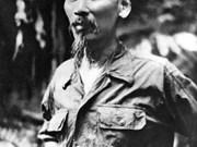 [Foto] Presidente Ho Chi Minh con Ejército Popular de Vietnam