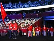 Delegación vietnamita en la ceremonia inaugural de los Juegos Olímpicos de Tokio