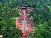 Exploran reliquia nacional de Lam Kinh en el centro de Vietnam