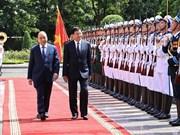 Visita de máximo dirigente de Laos a Vietnam, nuevo marcador de nexos bilaterales