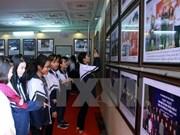 Efectúan exposición fotográfica sobre Truong Sa en Hanoi