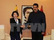 Presidenta parlamentaria de Vietnam se reúne con Nicolás Maduro