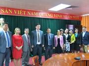Vietnam y Mongolia robustecen cooperación sindical