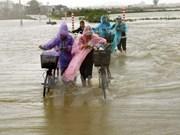 Ofrecen ayudas urgentes a hogares vietnamitas afectados por desastres naturales