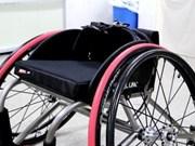 Thanh Hoa entrega sillas de ruedas a niños con discapacidad