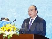 Premier urge a Vinh Phuc a convertirse en centro de servicio industrial del Norte