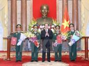 Ascienden de rango oficiales del Ejército Popular de Vietnam