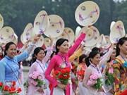 Efectúan seminario sobre labores femeninas en Vietnam en nueva coyuntura