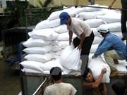 Gobierno de Vietnam provee arroz a localidades necesitados en ocasión del Tet